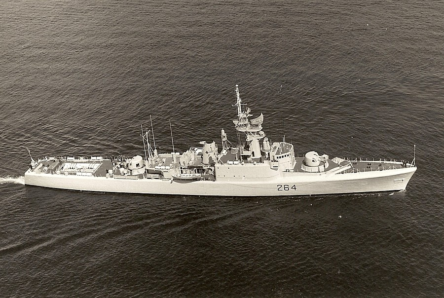 Royal Canadian Navy : HMCS Qu'Appelle.