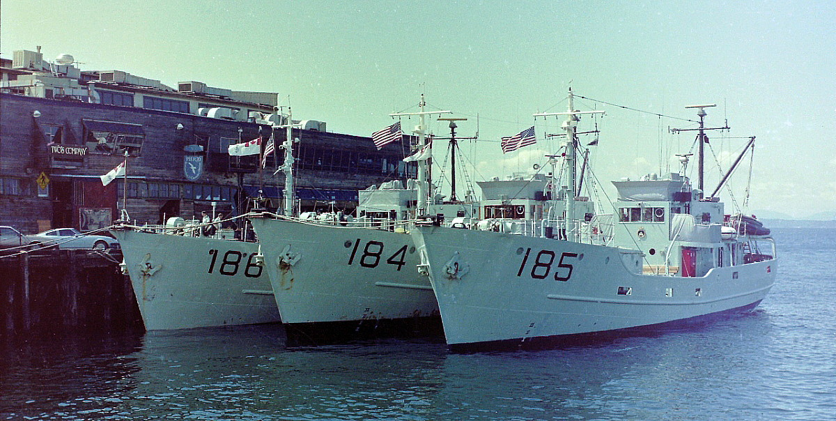 Royal Canadian Navy : Gate Vessels.