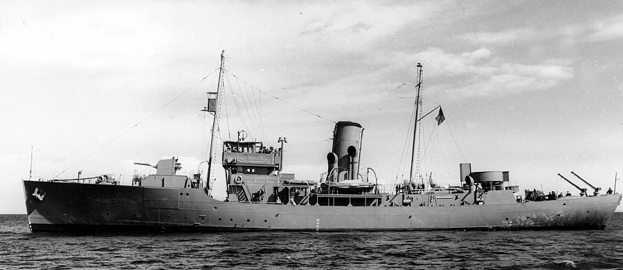 Royal Canadian Navy : HMCS Chilliwack.