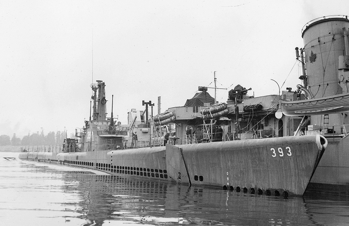 Royal Canadian Navy : USS Queenfish