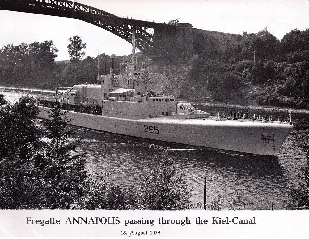 Royal Canadian Navy : HMCS Annapolis.