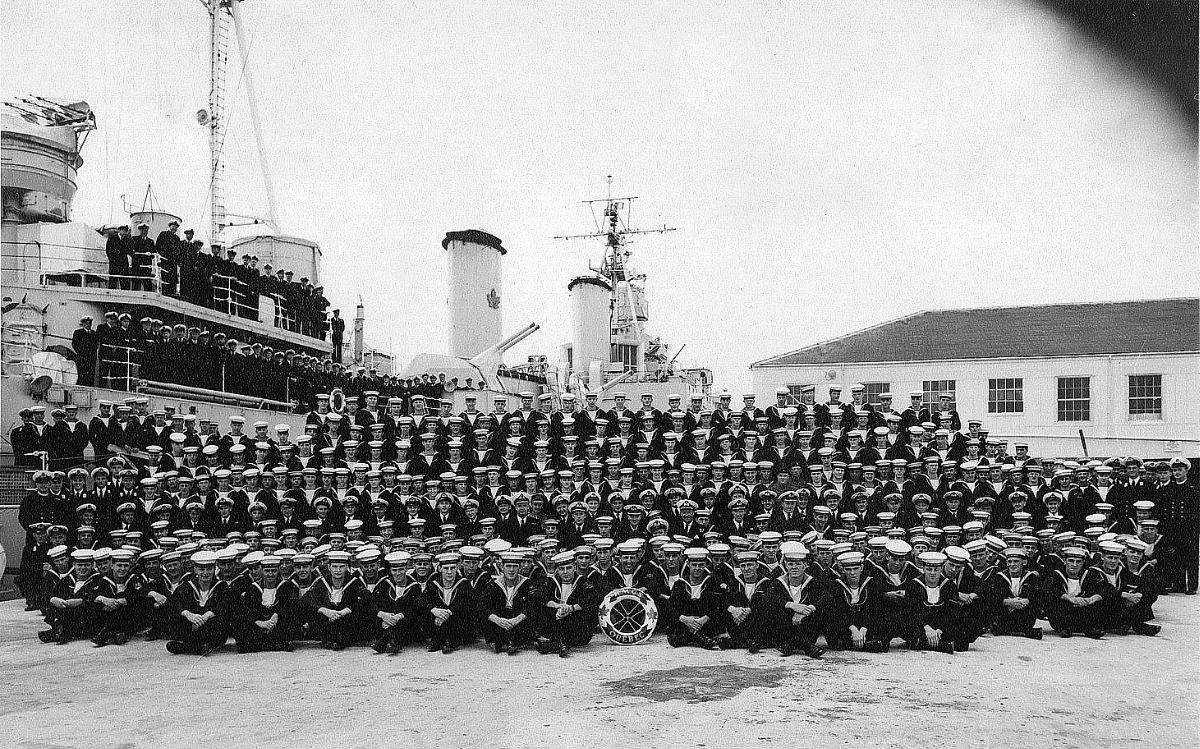 Royal Canadian Navy : HMCS Quebec, 1956