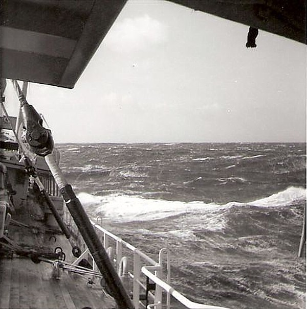 Royal Canadian Navy : HMCS Cape Breton in a storm.