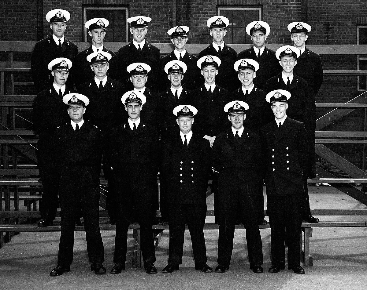Royal Canadian Navy : Officer cadets, 1956